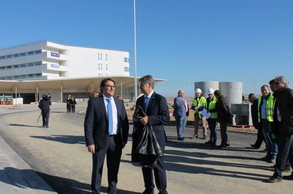 77a34a73d129 El nuevo hospital de Cáceres podrá abrirse antes de que termine 2018
